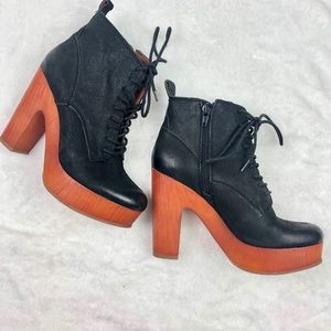 Barely Worn Lucky Brand Lace-Up Platform Bootie